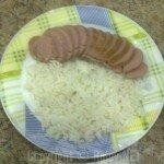 рис сардельками