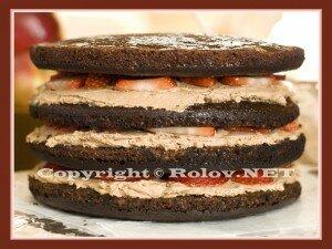 торт с клубникой в шоколаде