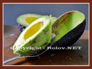 как очистить авокадо в картинках