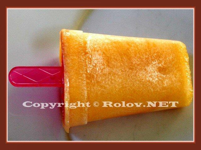 шоколадное и апельсиновое мороженое