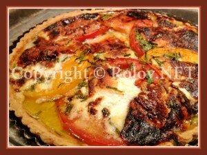 томатный пирог с козьим сыром